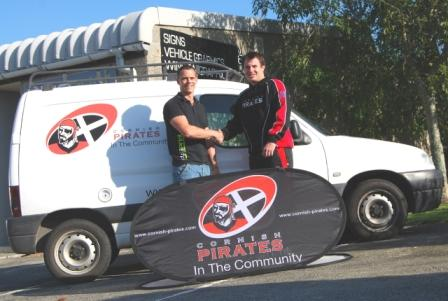 Justin Dennington of Plus Print (l) and Mike Crump,  Cornish Pirates community development officer