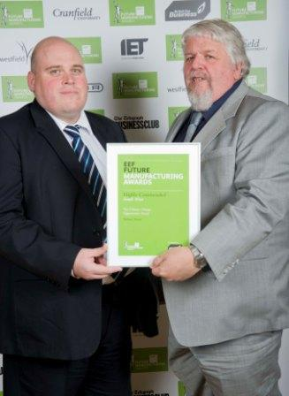 Ross Harland of Nature Paint with Darren Castles of category sponsors British Gas