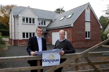 Oghma's Sean Parker (left) with Sean Adams of Kingspan