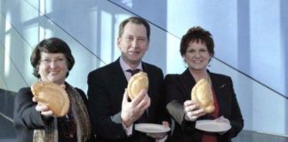 Graham Watson (centre) with fellow MEPs Catherine Bearder (l) and Sharon Bowles