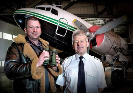 Henry Orchard (l) with pilot Richard Saw