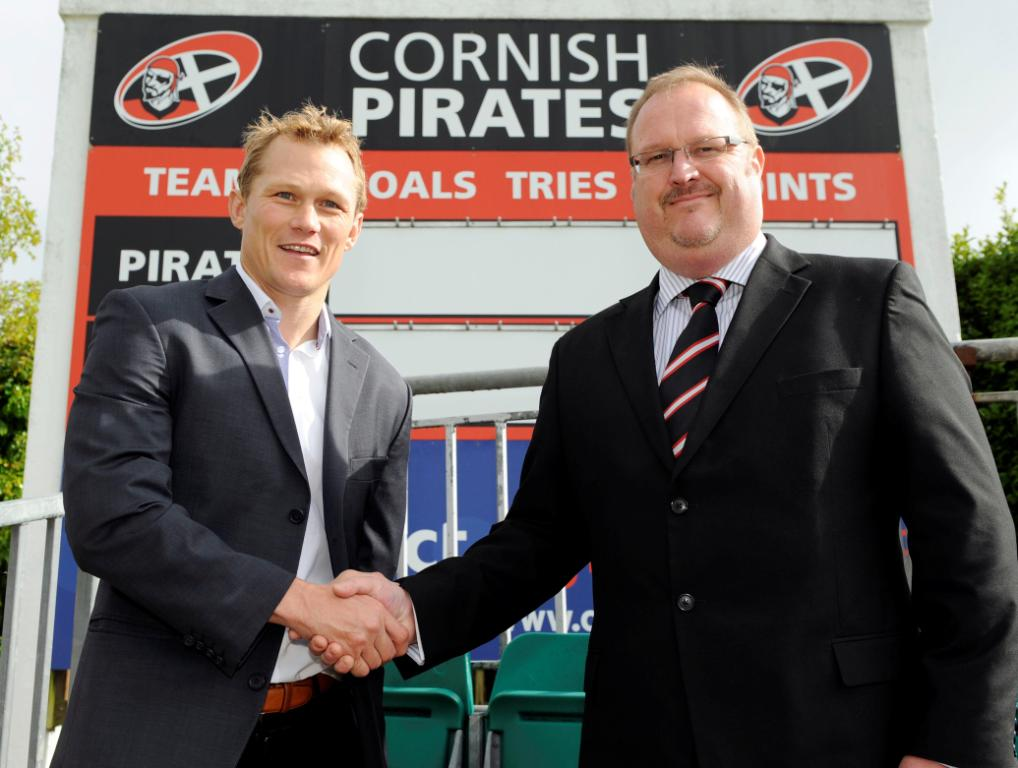 Cornish Pirates CEO Josh Lewsey (left) welcomes Steve Davies aboard
