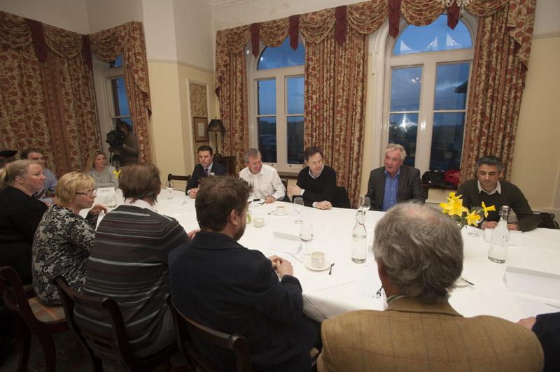 Deputy PM Meeting at Headland-39