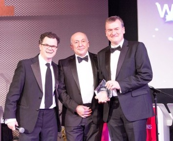 Event host Dominic Holland (l) with Worldwide's investment specialist Matt Higham (r) and Pan Andreas (Sesame Bankhall)