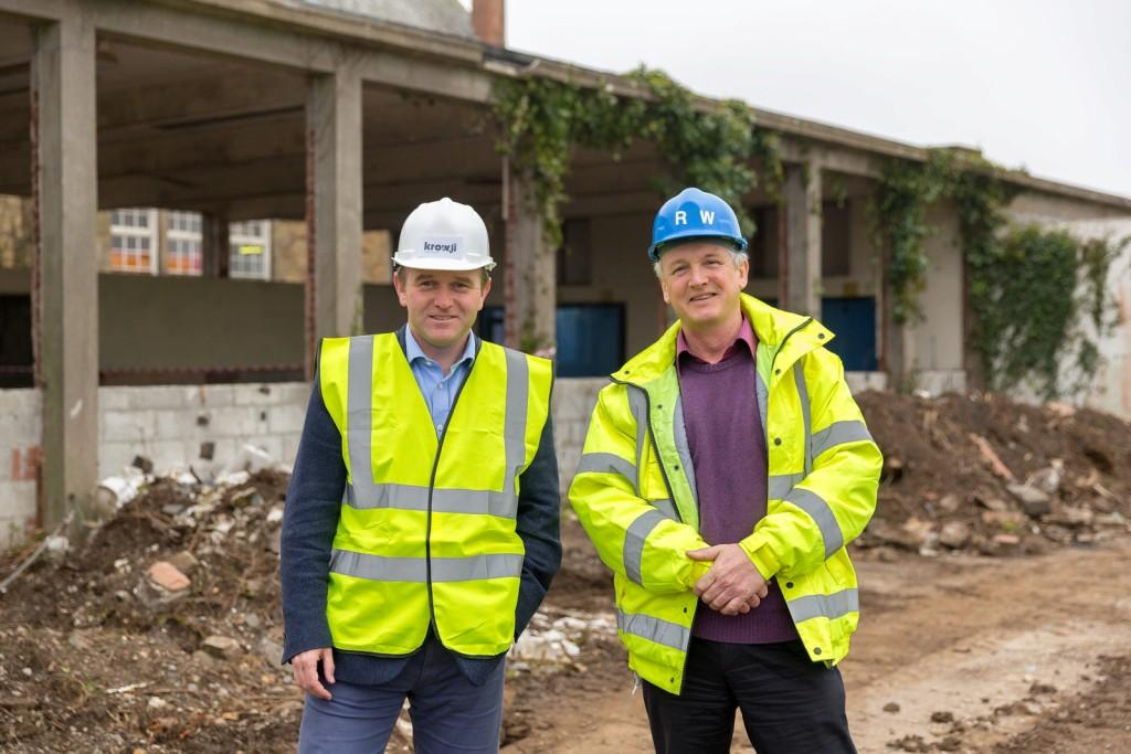 George Eustice (l) on site with Krowji's Ross Williams