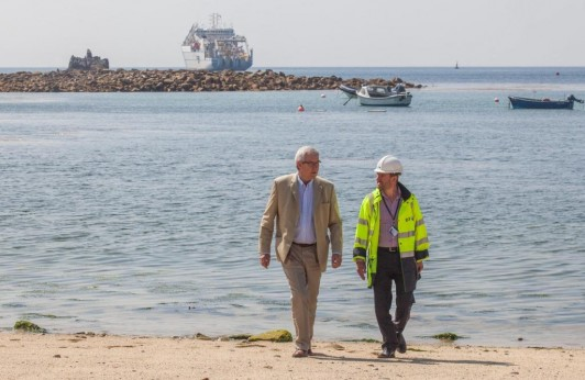 Nigel Ashcroft MBE, the Project Manager for Superfast Cornwall and Operations Director Jeremy Steventon-Barnes at the Porthcressa Beach on the Isle of Scilly, as work has begin on a cable project that will deliver superfast broadband to the islanders. 23/07/2014