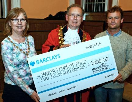 masked ball cheque 01