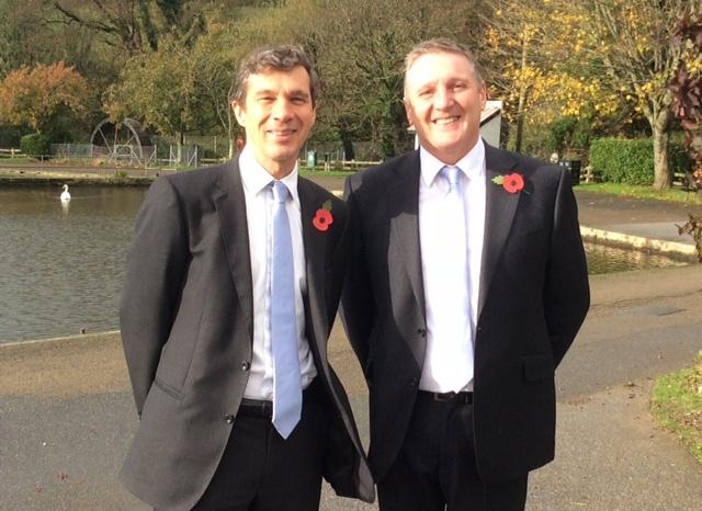 (l-r): AFWM Managing director, John Waldie, with new mortgage advisor, Graham Elliott