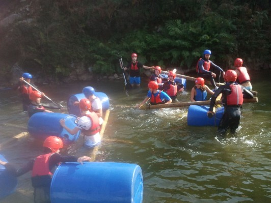 BF Adventure raft building