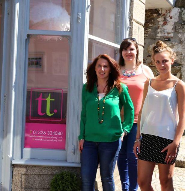Tara Trethowan (l) with team members Charlene and Megan