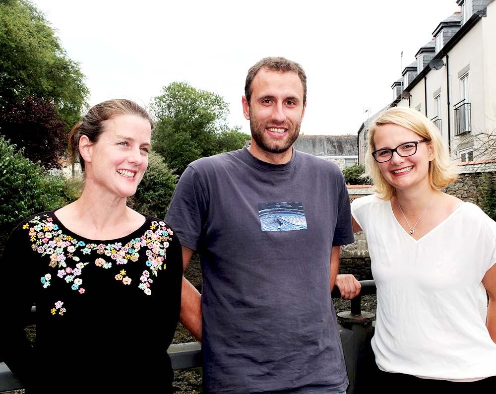 L-R: Anna Kiernan, Caitlin Gould and Alfie Hayward