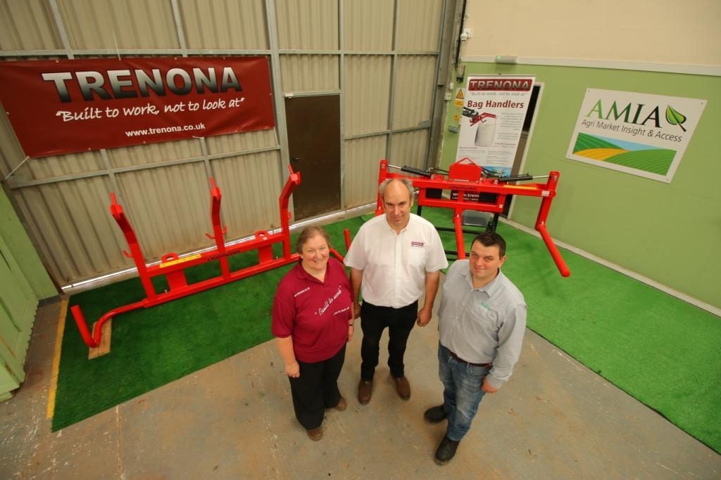 Pam Carbis and David Carbis of Trenona Farm and Alan Dennis of AMIA